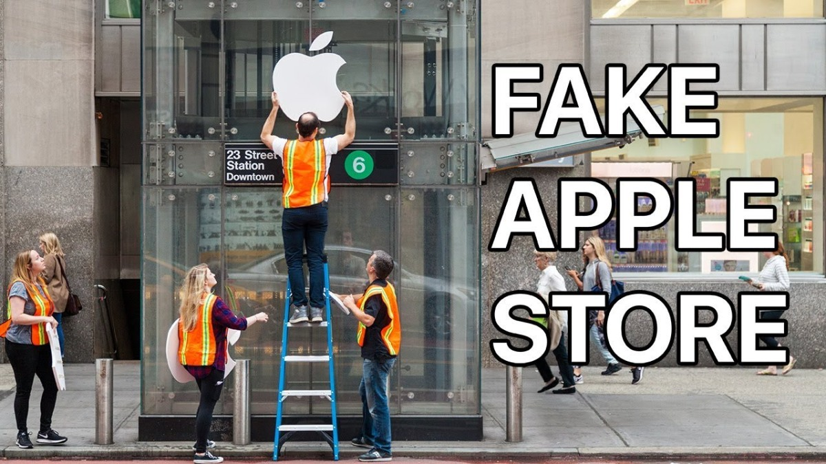"Because it's Friday: ""Fake Apple Store"" by Improv Everywhere"
